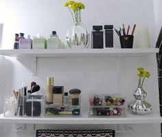 Organize Your Cosmetics in the Bathroom | Fox News Magazine