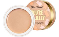Faced Tutti Frutti - You're So Jelly Too Faced Tutti Frutti - You're So Jelly is a lightweight, high-shine jelly highlighter.Too Faced Tutti Frutti - You're So Jelly is a lightweight, high-shine jelly highlighter. Mac Cosmetics, Too Faced Cosmetics, Bite Beauty, Tutti Frutti, Charlotte Tilbury, Henna Designs, Concealer, Bronzer Makeup, Sephora Makeup