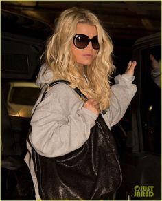 e7d91c7aff Ferrowear s Mother s Day Sepcial  Jessica Simpson in Yves saint Laurent  sunglasses. Celebrity Sunglasses