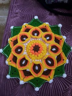 Crochet Sunflower, Crochet Mandala, Knit Crochet, Crochet Slipper Pattern, Crochet Slippers, Crochet Patterns, Crochet Tablecloth, Crochet Doilies, Crochet Flowers