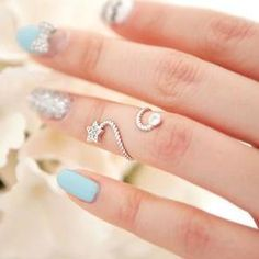 Star knuckle ring