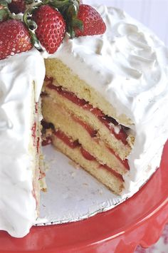 Strawberry Marshmallow Cake - what would Valentine's Day be without strawberries?!