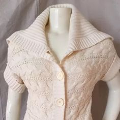 Michael Kors cream cable knit cardigan sweater Like new! Worn only once or twice. Size large. Gorgeous texture and color. Keep it button up, or wear it open for a completely different look. Super warm and cozy. Michael Kors Sweaters Cardigans