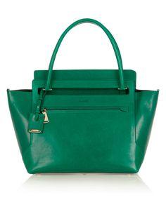 Queridos Reyes Magos...  Esta bolsita de Jill Sander no entra en mi zapato, pero es color esmeralda y está bella!