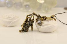 Ciondolo borsa portachiavi scarpetta #vintage #jewelry #style #accessories #fashion #portachiave #scarpe #ciondolo #beautiful #portachiavi #bijoux #romantic #moda #donna #woman #italy #gioielli #shopping #beauty