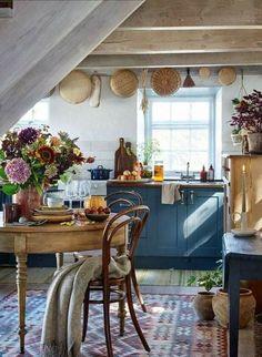 Swedish Kitchen, Rustic Kitchen, New Kitchen, Cozy Kitchen, Small Cottage Kitchen, French Kitchen Decor, Eclectic Kitchen, Shaker Kitchen, Küchen Design