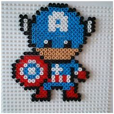Captain America en perles à repasser modèe pattern Melty Bead Patterns, Pearler Bead Patterns, Perler Patterns, Beading Patterns, Perler Beads, Perler Bead Art, Fuse Beads, Bead Crafts, Diy And Crafts