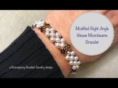 free seed bead patterns and instructions Beaded Bracelets Tutorial, Beaded Bracelet Patterns, Handmade Bracelets, Peyote Bracelet, Bead Patterns, Tatting Jewelry, Bead Jewellery, Jewelry Making Tutorials, Beading Tutorials