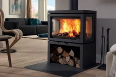 Poeles a bois Vidar Triple (compatible BBC) Modern Fireplace, Fireplace Wall, Home Living Room, Living Spaces, Boiler Stoves, Stoves For Sale, Bbc, Building A Cabin, Fireplace Inserts
