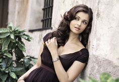 Aishwarya Rai Makeup and Hair.
