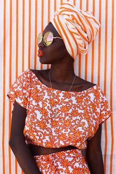 African Inspired Fashion, African Fashion, Korean Fashion, Foto Fashion, High Fashion, Fashion Beauty, 90s Fashion, Moda Afro, Style Africain