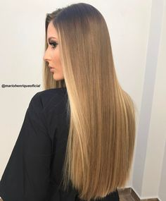 Blonde Highlights On Dark Hair, Brown Blonde Hair, Hair Color Balayage, Long Curly Hair, Curly Hair Styles, One Length Hair, Honey Hair, Silky Hair, Gorgeous Hair