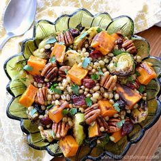 Wheat Berry Salad #wheatberry #wheat #wheatlovers #wheatgrass #wheatberries #farming #healthy #homegrown #Farm #wheatrecipes #food #foodie #healthylifestyle #healthyeating Cooking Garbanzo Beans, Wheat Berry Salad, Salad Recipes, Healthy Recipes, Clean Eating, Healthy Eating, Sweet Potato Pecan, Roasted Vegetables, Winter Food