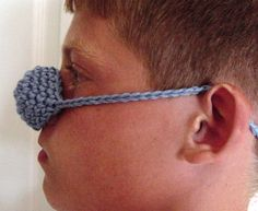 LOL a nose warmer. Knit Or Crochet, Hand Crochet, Nose Warmer, Always Cold, Knitting Yarn, Needlework, Crochet Necklace, Arts And Crafts, Cozy