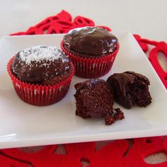 Chocolate Chia Fudge Cakes