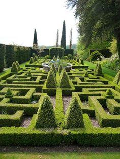 Famous Gardens of the World - Bourton House Garden, England