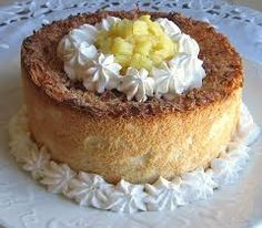 How to Turn Leftover Egg Whites into Fantastic Food: Mini Tropical Angel Food Cake Recipe Coconut Pineapple Cake, Banana Pudding Cake, Cake Recipes, Dessert Recipes, Beach Cakes, Leftovers Recipes, Just Cakes, Angel Food Cake, Desserts To Make