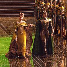 Loki Avengers, Loki Thor, Tom Hiddleston Loki, Loki And Frigga, Loki Laufeyson, Marvel Characters, Marvel Movies, Loki Gif, Loki Aesthetic