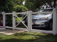 3 Confident Tips: Chicken Wire Dog Fence vermont lattice fence.Low Fence And Gates dog fence hole. Backyard Fences, Garden Fencing, Fenced In Yard, Garden Beds, Fenced In Backyard Ideas, Farm Fence, Fence Landscaping, Hog Wire Fence, Chicken Wire Fence