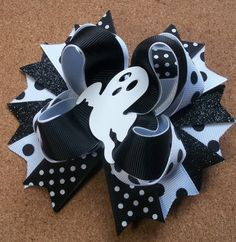 Girls Halloween Ghost Hair Bow Boutique by JustinesBoutiqueBows