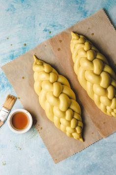 Vegan Bread, Swiss Recipes, Vegan Recipes, Bread Recipes, Charcuterie Recipes, Bread Shaping, Bread Art, Braided Bread, Kitchen