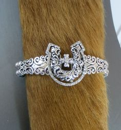 COWGIRL Bling BRACELET CROSS HORSESHOE Scroll stretch Silver GYPSY WESTERN our prices are WAY BELOW RETAIL! all JEWELRY SHIPS FREE! www.baharanchwesternwear.com baha ranch western wear ebay seller id soloedition