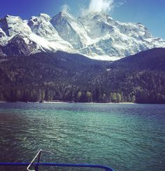 Hängin on the boat  #sunnyday #alps #eibsee