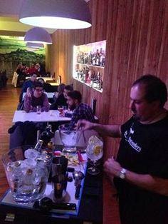 Cocktails in Ibiza: Ibizabartenders desde 2004. Alta Coctelería.: Mixology Ibiza in Mos Gin and Tonic Premium Bar