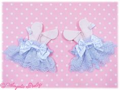 Angelic Pretty - Lyrical Bunny Wrist Cuffs in Lavender x Pink