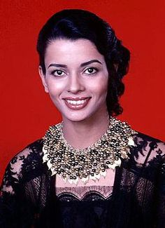 """Persis Khambatta (1950 - 1998) Indian actress, she played Lieutenant Ilia, the bald woman, in the movie """"Star Trek: The Motion Picture"""""""