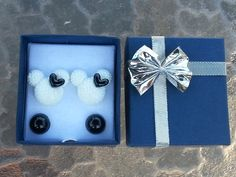 White Minnie With Black Bows Resin Earrings  With Black Pearl Earrings