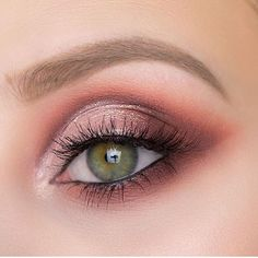 Stunning eye shadow eye makeup