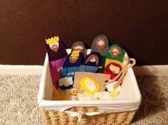 Cute no-sew felt Nativity - great project for children from My Crazy Blessed Life; templates can be found here: http://crazyblessedlife.files.wordpress.com/2012/11/nativity-master.pdf