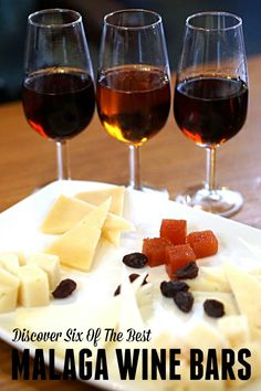 Discover Six of the Best Wine Bars in Malaga - Devour Malaga Food Tours Do you love wine as much as we do? These 6 Malaga wine bars must be on your list! White Wine Spritzer, Spanish Wine, Malaga Spain, Tapas Bar, Sweet Wine, Italian Wine, Wine List, Wine Tasting, Gastronomia