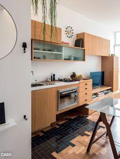 Apartamento pequeno (que é dúplex) ganha décor estiloso após reforma - Casa
