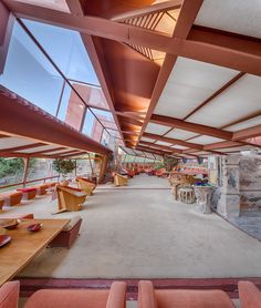 taliesin west frank lloyd wright - inspiration for a public library Casas De Frank Lloyd Wright, Frank Lloyd Wright Buildings, Frank Lloyd Wright Homes, Organic Architecture, Amazing Architecture, Architecture Design, Architecture Career, Winter House, Wisconsin