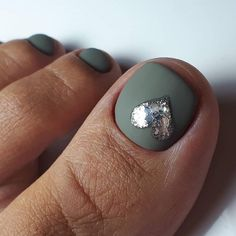 Over 50 Incredible Toe Nail Designs for Your Perfect Feet - Simple Lovely Toe Nails Design With Heart Accent ❤Over 50 Incredible Toe Nail Designs for Your Pe - Accent Nail Designs, Heart Nail Designs, Pedicure Designs, Manicure E Pedicure, Fall Nail Designs, Simple Nail Designs, Manicure Ideas, Toe Nail Designs For Fall, Fall Toe Nails
