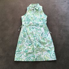 Vintage Lily Pulitzer shirt dress. I love the print of this vintage Lily Pulitzer shirt dress. Very cute on! Lilly Pulitzer Dresses