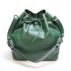 Louis Vuitton Petit Noe Epi Shoulder bags Green Leather M44104