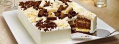 Bolo preto e branco de festa feito com misturas prontas de chocolate e  de coco da marca Dona Benta