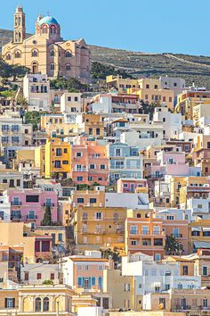 Colorful houses in Syros, Cyclades Islands, Greece Places To Travel, Places To See, Places Around The World, Around The Worlds, Syros Greece, Voyage Europe, Greece Islands, Greece Travel, Albania