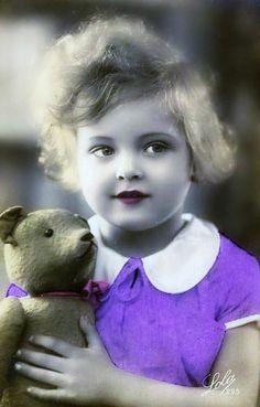 Sweet vintage girl and her teddy bear, tinted antique portrait photo postcard. 'Tis quite purple, I think. Album Vintage, Vintage Postcards, Nostalgic Pictures, Vintage Pictures, Vintage Girls, Vintage Children, Old Teddy Bears, Colorized Photos, Decoupage