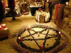 One of the most important aspects of Ritual Magick, as practiced by Wiccans and other neo-pagans, is the art of the sacred circle. Wiccan, Magick, Circle Cast, Magic Circle, Voodoo Rituals, Summoning Circle, Season Of The Witch, Witch Art, Day Wishes