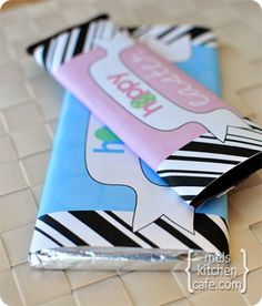 Easter Candy Bar Wrappers {Free Printables!} from Mel's Kitchen Cafe