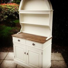 The finished dutch dresser in #vintagewhite by #everlongpaint - thanks for all the colour suggestions!