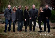 Family Portraits - Family Portrait Ideas - Family Pictures - Texas Sculpture Garden.