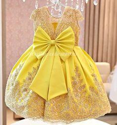 Detalhes de uma linda princesa 🌹 Vestidos personalizados e sob medida!!! Enviamos para todo Brasil e exterior!!! Contato somente pelo tel…