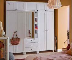 Roupeiros 2020 ~ Decoração e Ideias Ikea, Tall Cabinet Storage, Entryway, Furniture, Home Decor, Organize, Entrance, Main Door, Interior Design