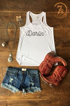 """- """"Darlin'"""" graphic tank - Whtie soft tank - Gathered racer back - Nice comfortable flowy fit - Fits true to size - Shown styled with the Santa Maria Earrings, Colley Neckalce, Del Rio Necklace and Fr Rodeo Outfits, Western Outfits, Western Wear, Concert Outfits, Cute Outfits, Country Girls Outfits, Gypsy Fashion, Steampunk Fashion, Gothic Fashion"""