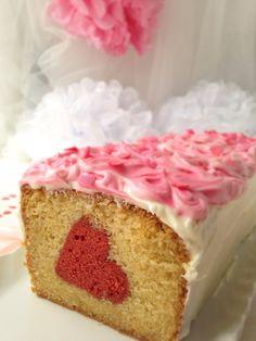 Szívörvény süti   Sütit akarok! Vanilla Cake, Valentines Day, Christmas, Food, Image, Valentine's Day Diy, Xmas, Essen, Navidad